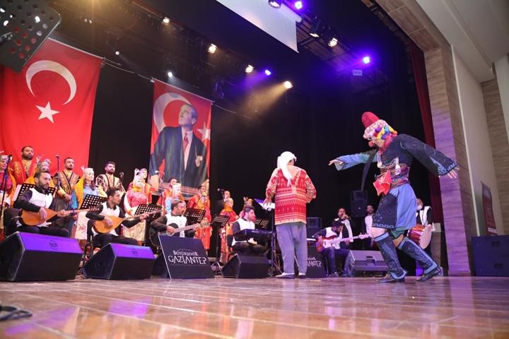 Atatrk'ün Gaziantep'e gelişi etkinlik
