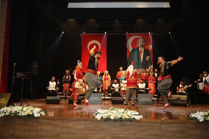 Atatrk'ün Gaziantep'e gelişi etkinlik 1
